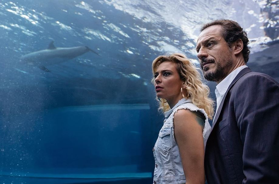 Fortunata e Patrizio em um aquário