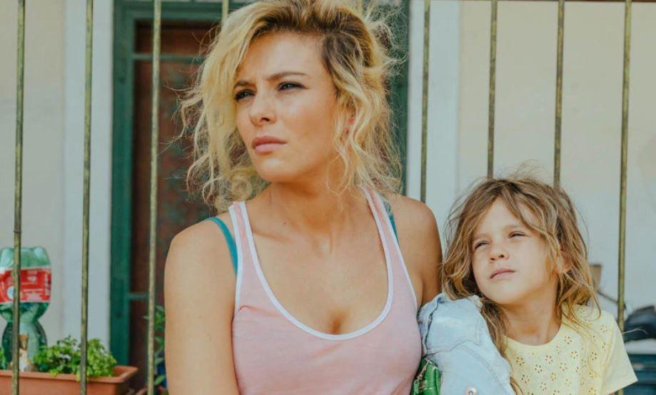 Personagem Fortunata e sua filha