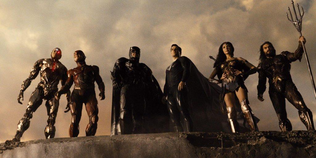 Liga da Justiça reunida no fim do filme do Snyder Cut