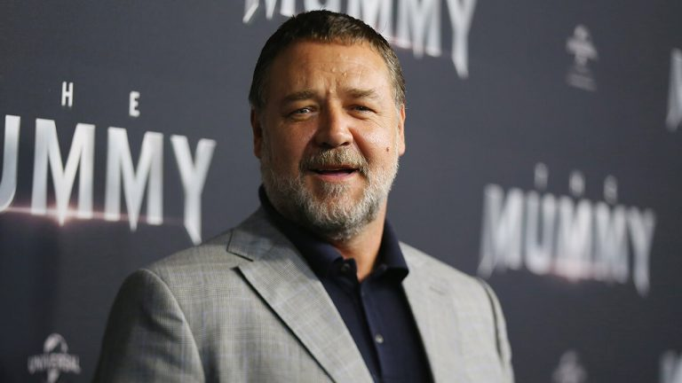 Russell Crowe é escalado para Thor: Amor e Trovão